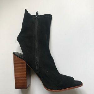 Aldo open toe and heel sock like boots size 8.5